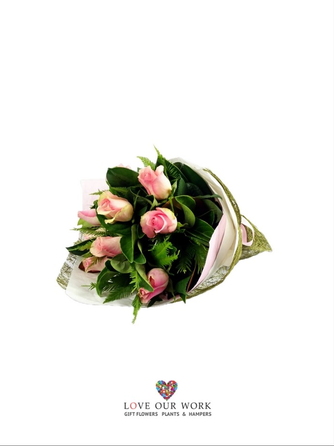 This little posy of pastel pink roses is perfect for when you want to show your appreciation
