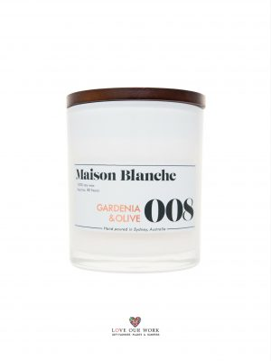 Exquisite aroma of Gardenia enriched with a green olive. Maison Blanche