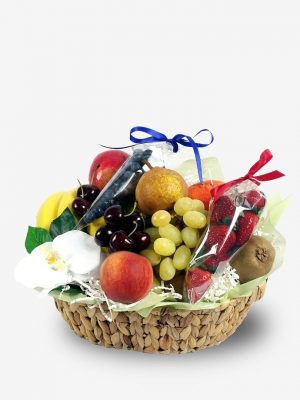 Gift Hamper of Fresh Fruit and Berries